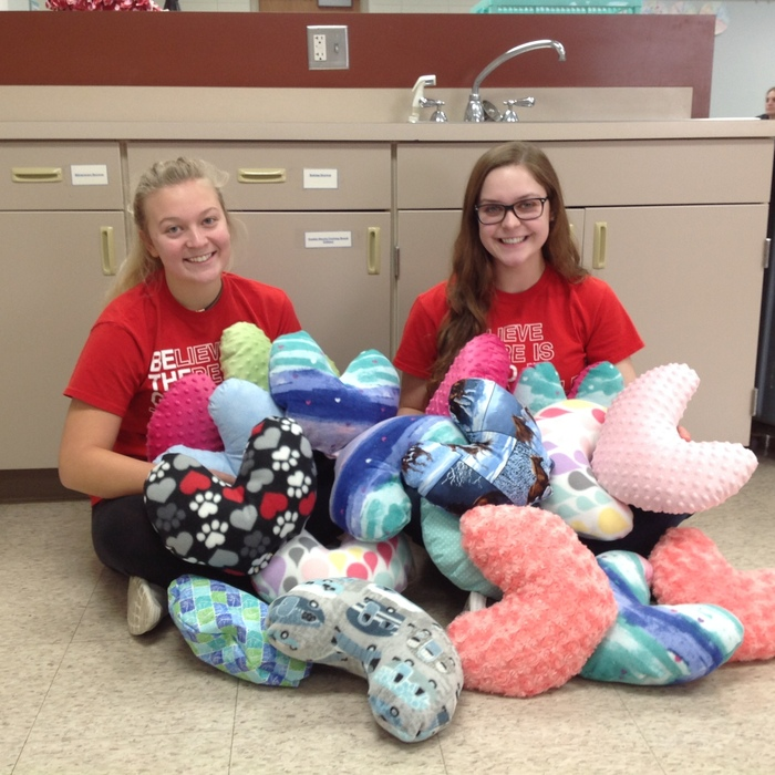 Leaders of cancer care pillow project, Maren Evans and Morgan Kierscht